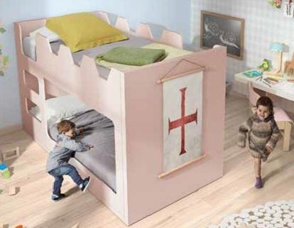 Litera infantil castillo rosa de Noel.